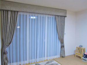 クラシカルスタイルのカーテン