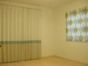 「マラガ」と3色切替のカーテン